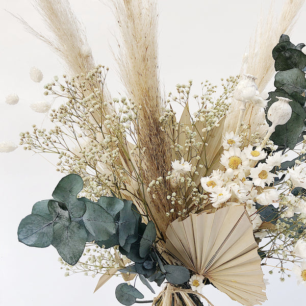Dried Flower Bunch: Whites
