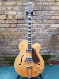 Gretsch G7576 Country Club Natural Blonde 1974 with tweed case. Pre-Owned