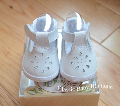 Baby Deer White Leather T-Strap Booties Crib Shoes Girls  Preemie Newborn Size 0 Size 1 & 2