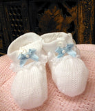 Will'beth White Knit Bow Pink or Blue Ribbon Booties Crib Shoes Girls Newborn Size 0