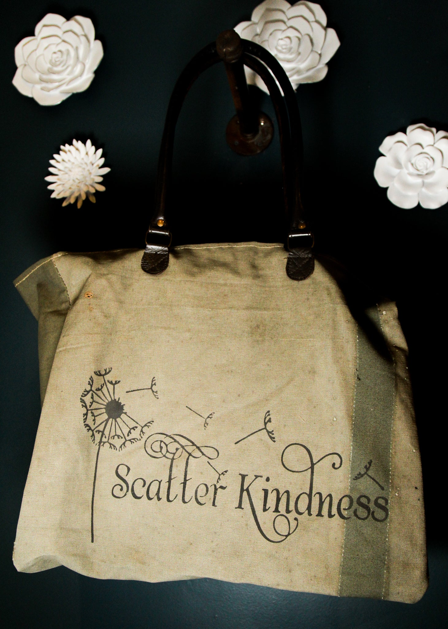 Vintage Addiction Scatter Kindness Market Tote