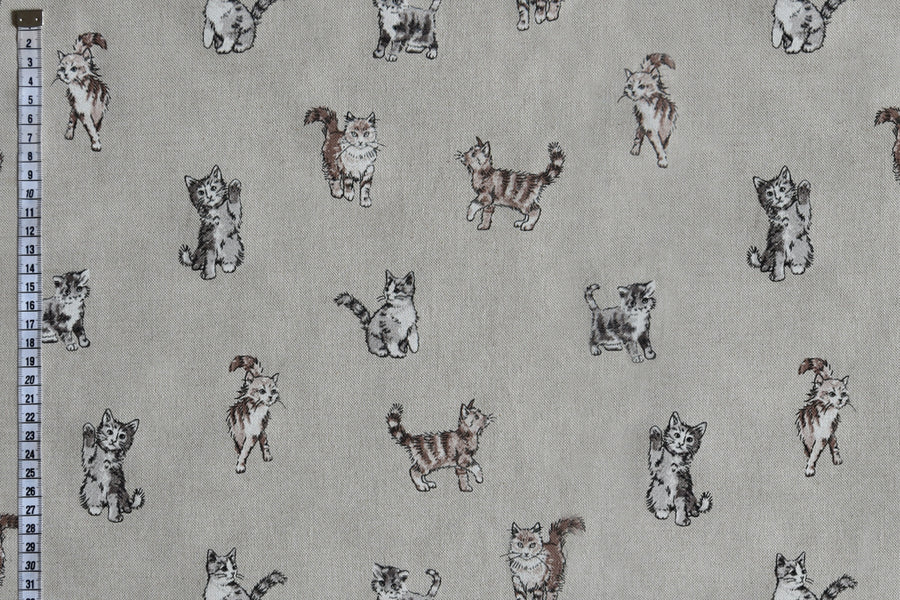 Classic Shabby Cats Fabric - Linen Look, Beige Background.