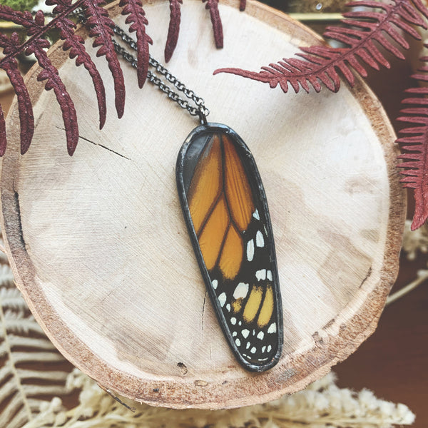 Monarch Oval Pendant