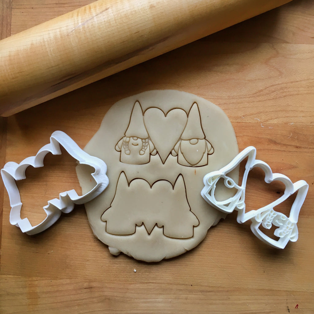 Set of 2 Sweetheart Gnome Cookie Cutters/Dishwasher Safe