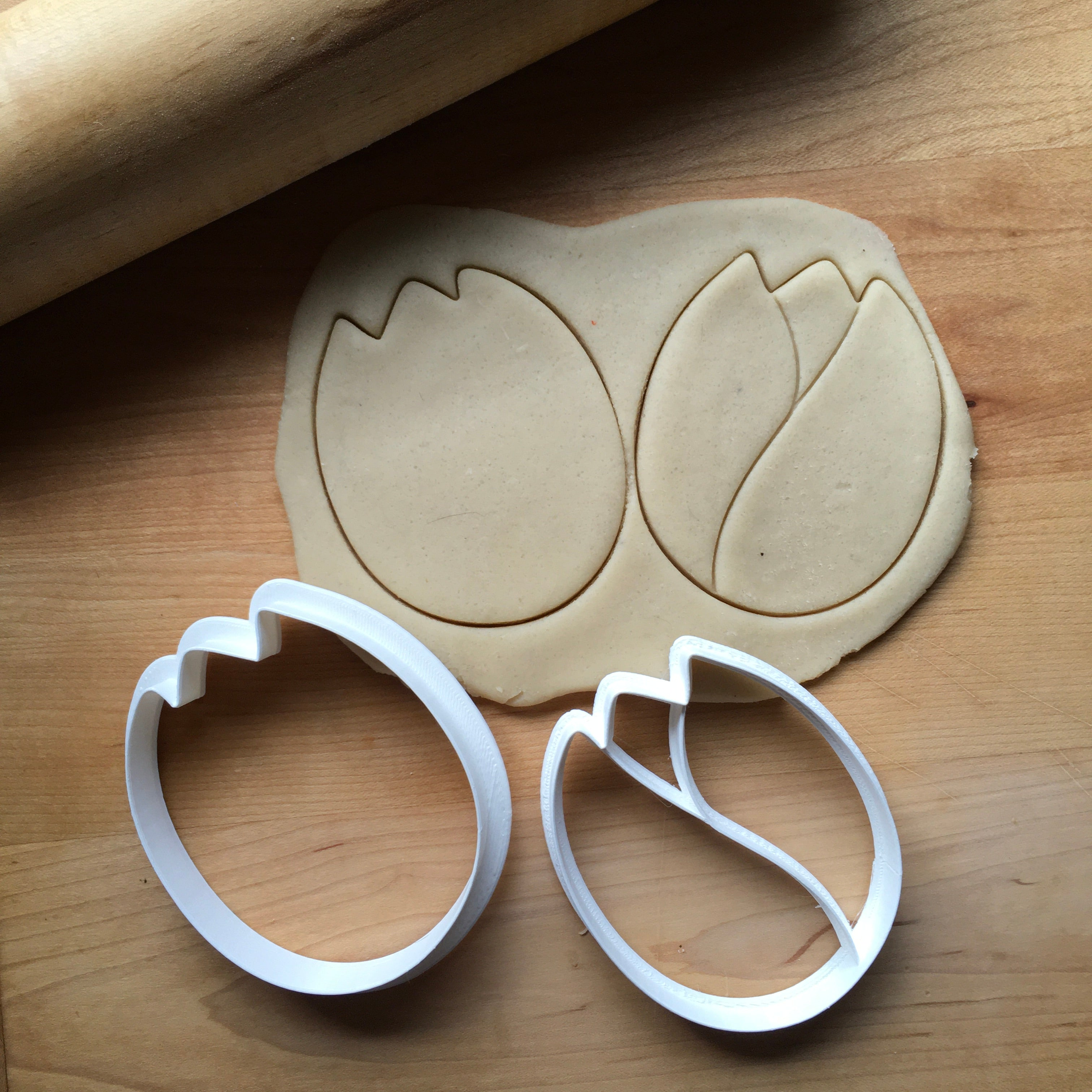 Set of 2 Tulip Cookie Cutters/Dishwasher Safe