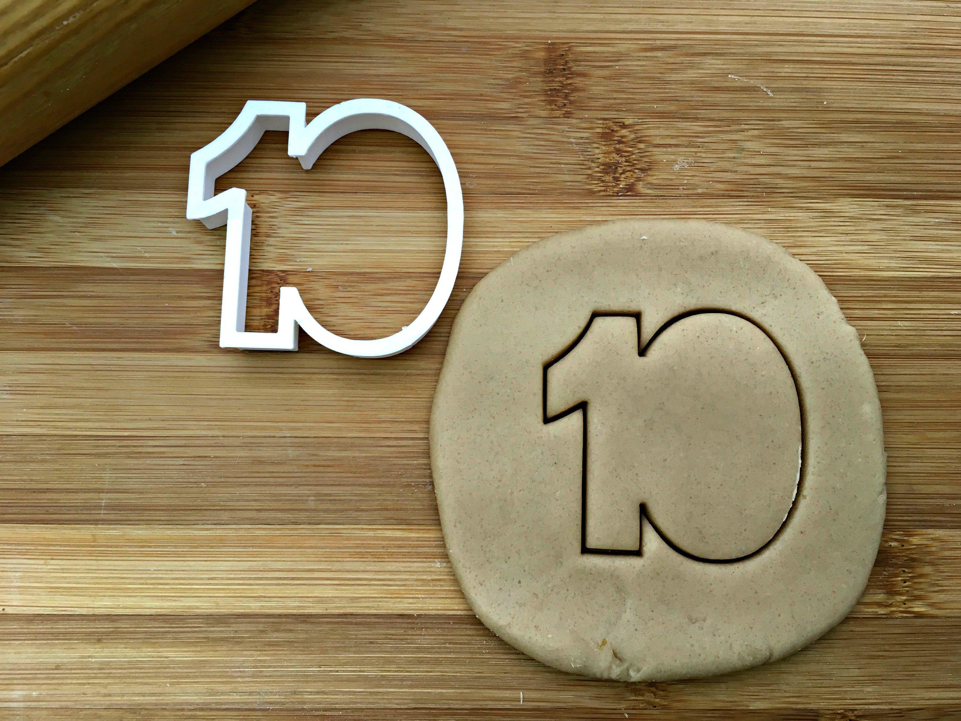 Number 10 Cookie Cutter