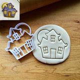 Haunted House with Moon Cookie Cutter/Dishwasher Safe