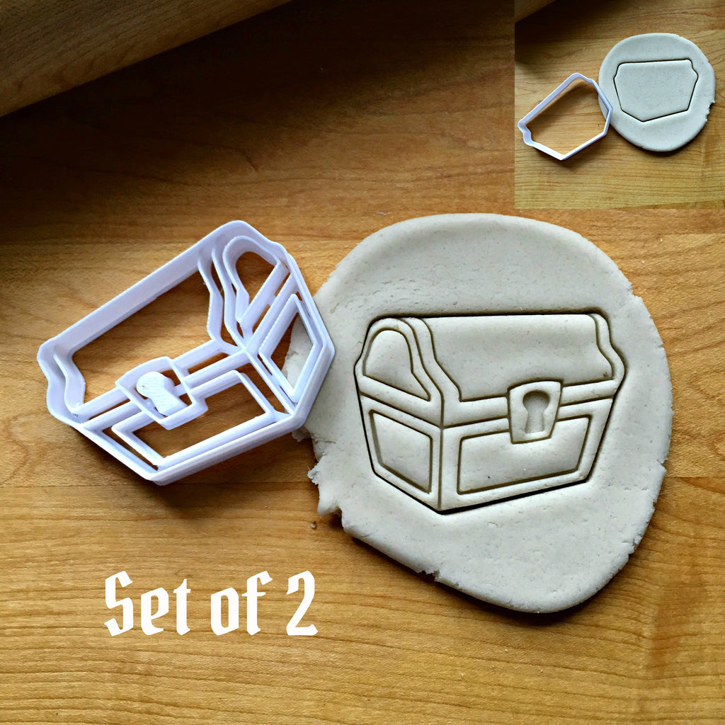 Set of 2 Treasure Chest Cookie Cutters/Dishwasher Safe