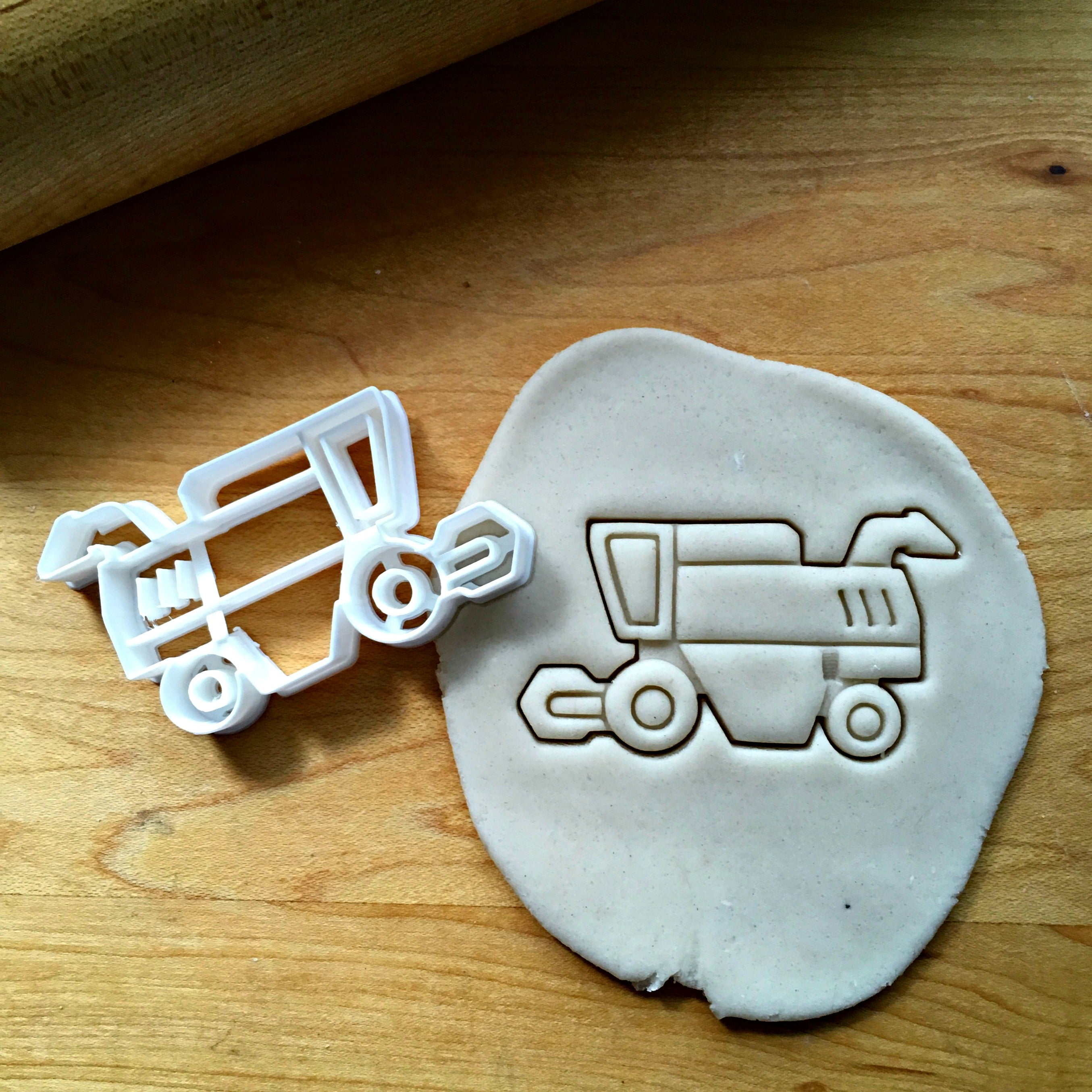 Harvester Cookie Cutter