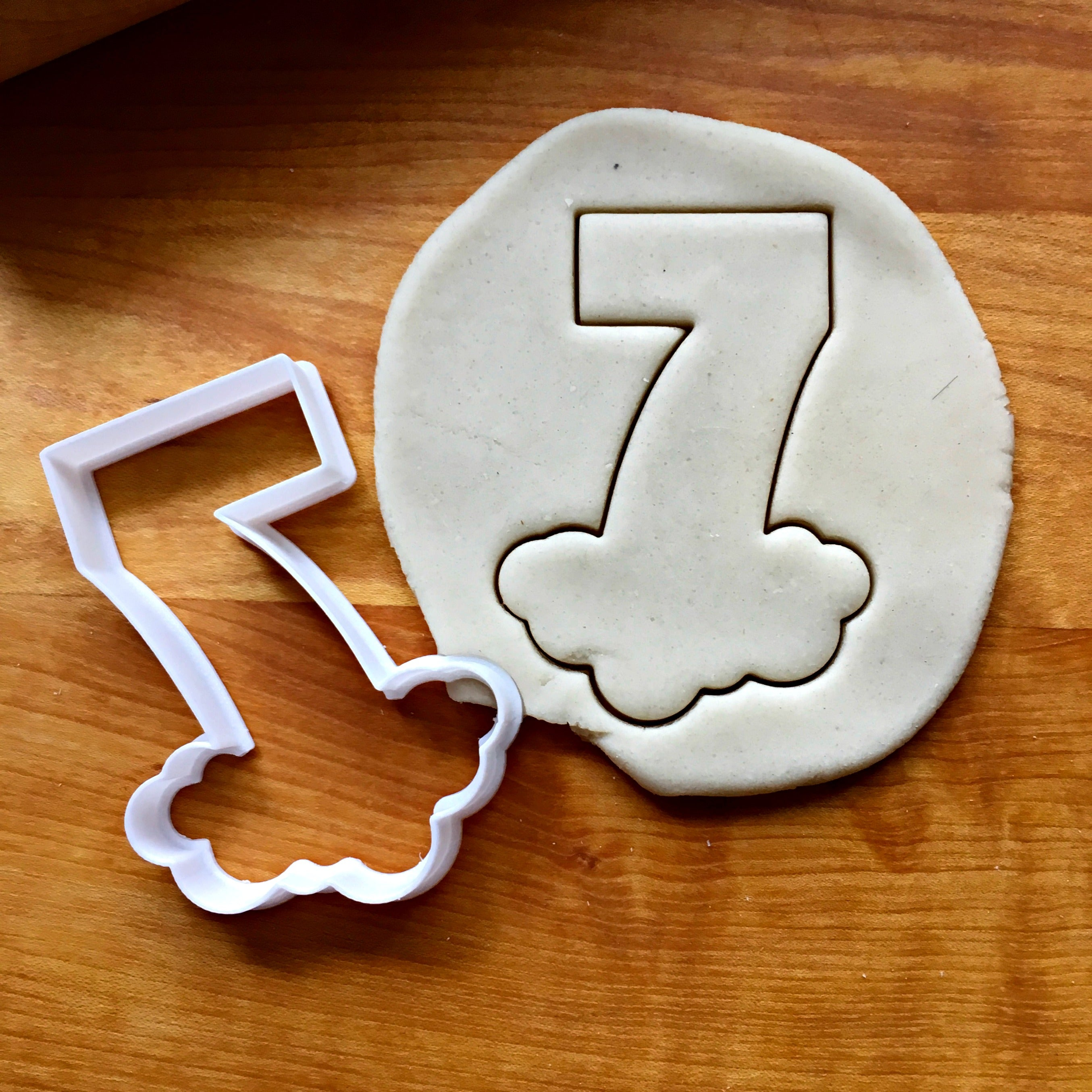 Bubble Number 7 Cookie Cutter/Dishwasher Safe