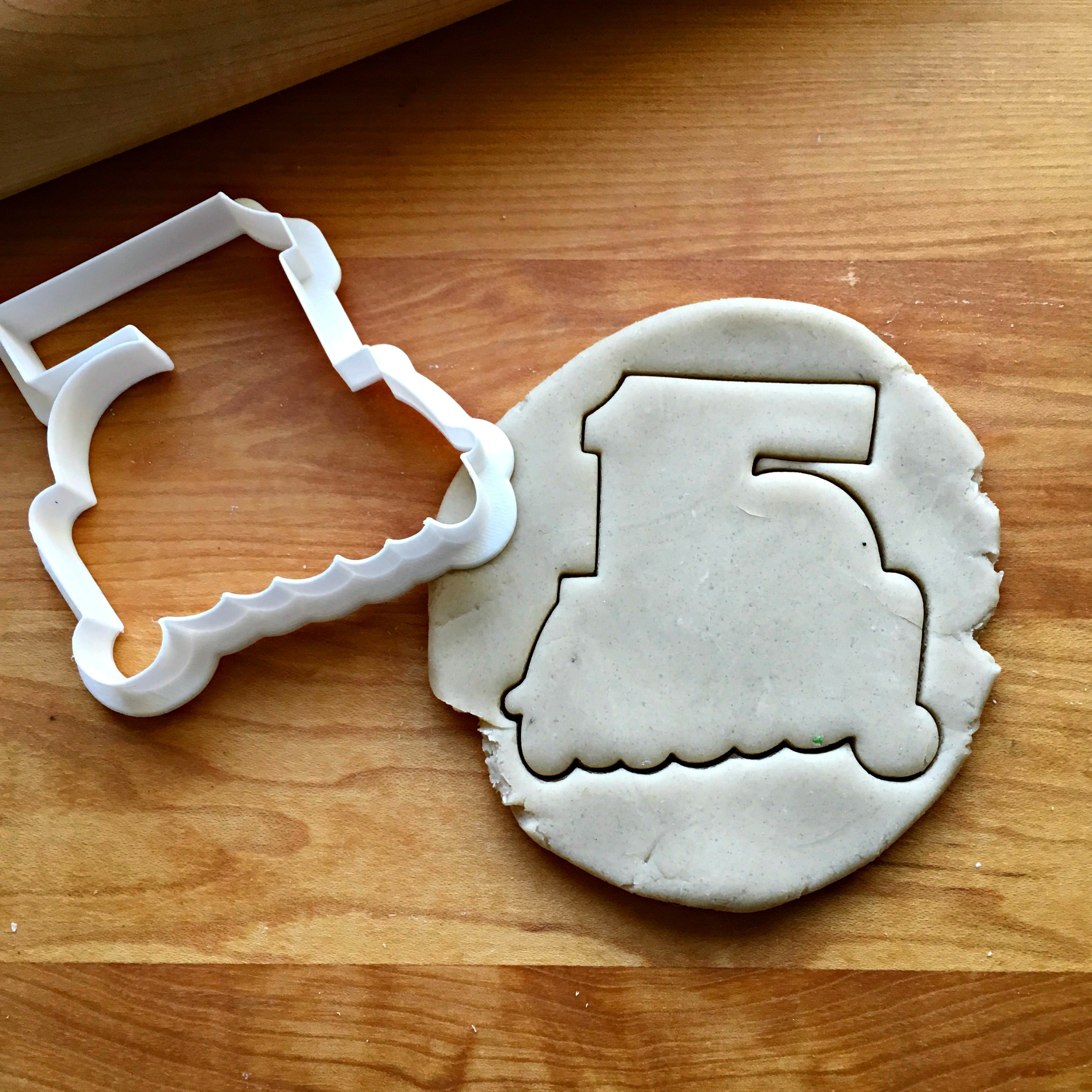 Lettered Number 15 Cookie Cutter/Dishwasher Safe