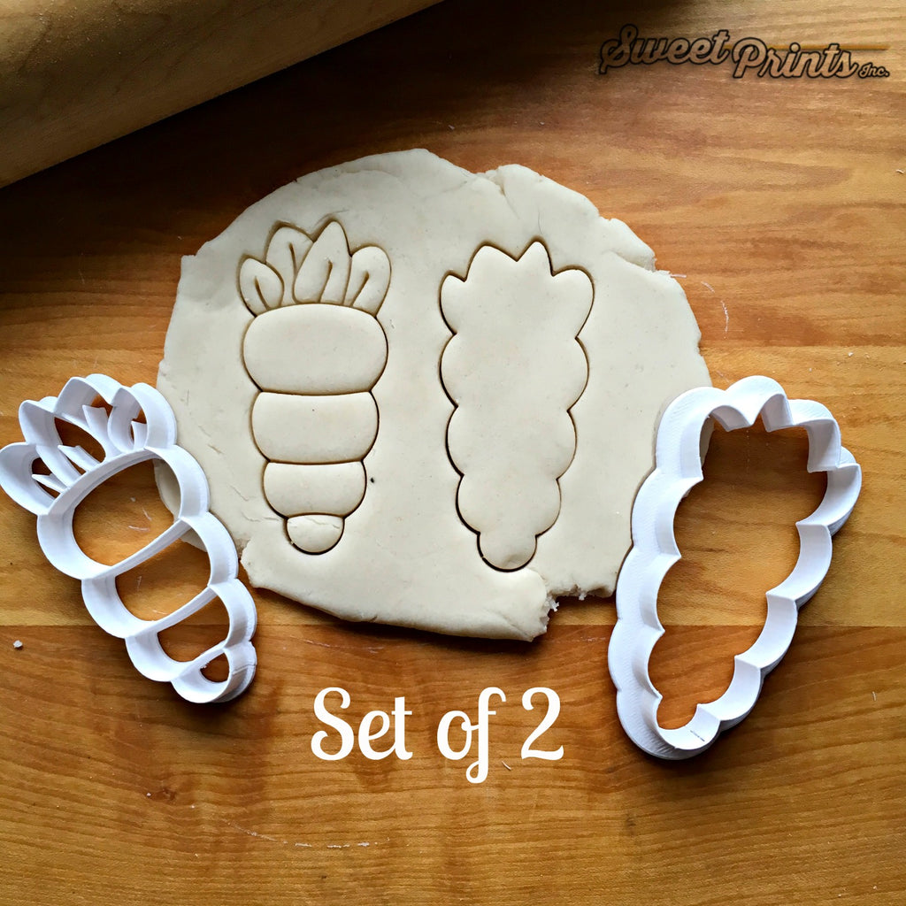 Set of 2 Carrot Cookie Cutters/Dishwasher Safe
