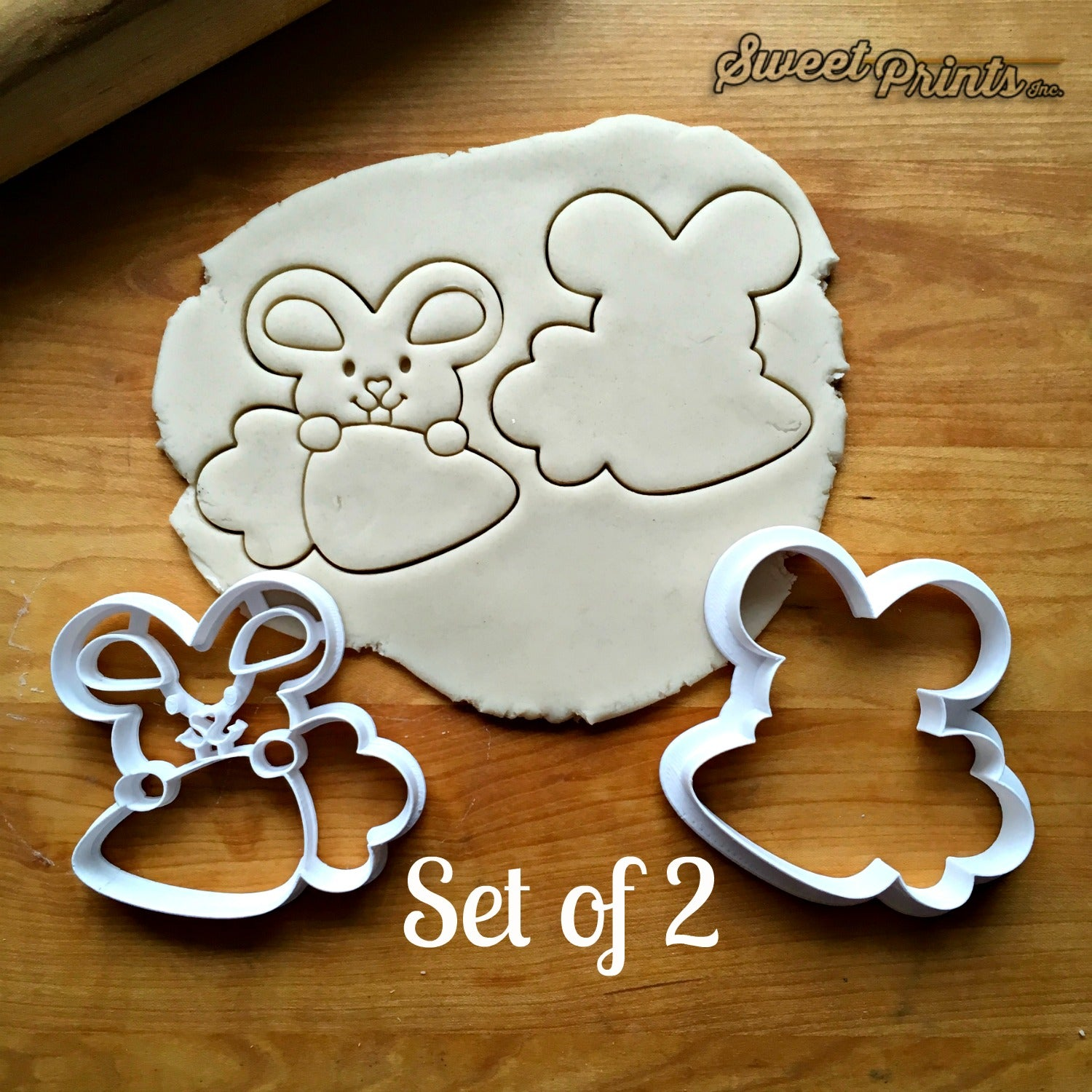 Set of 2 Bunny and Carrot Frame Cookie Cutters/Dishwasher Safe