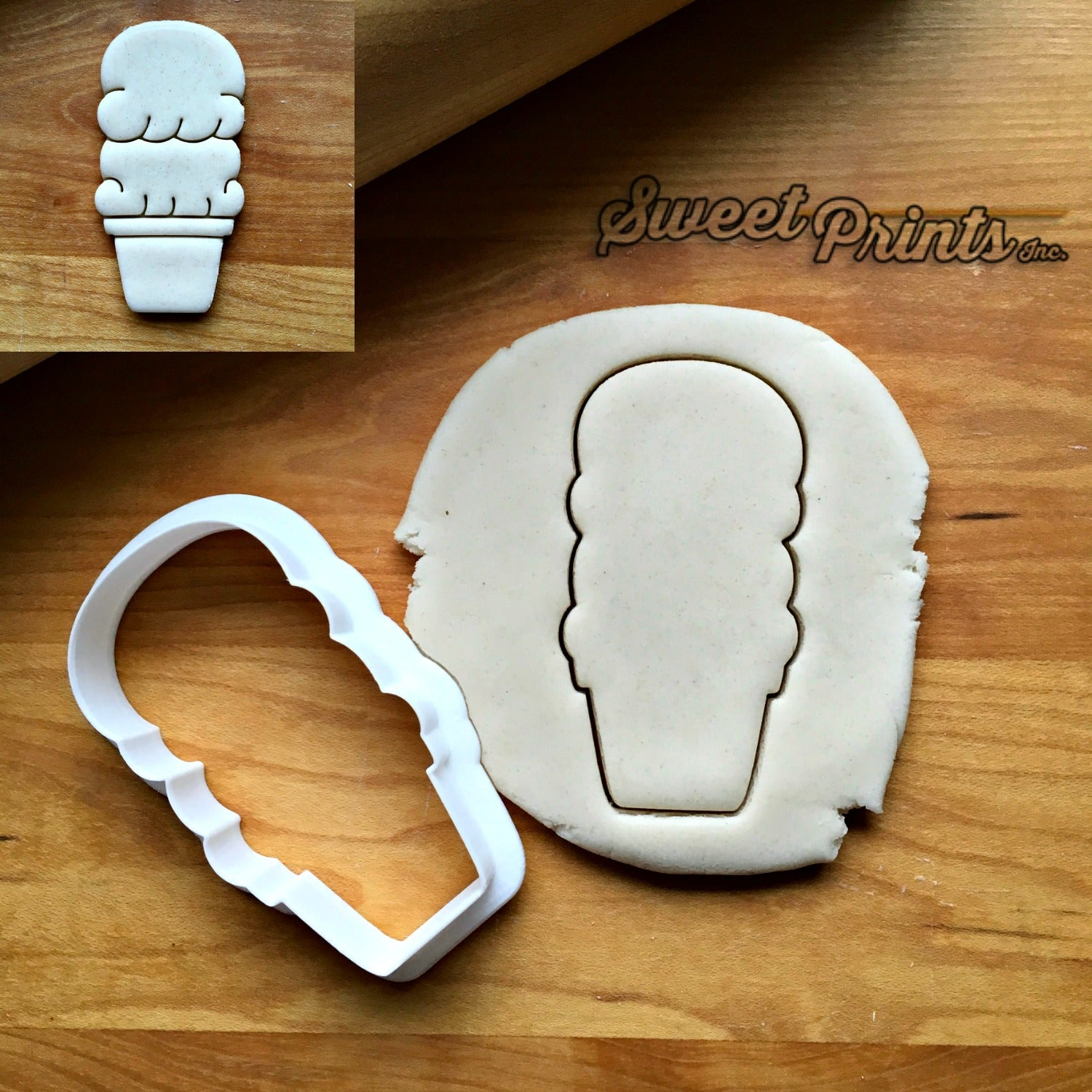 Double Scoop Ice Cream Cone Cookie Cutter/Dishwasher Safe