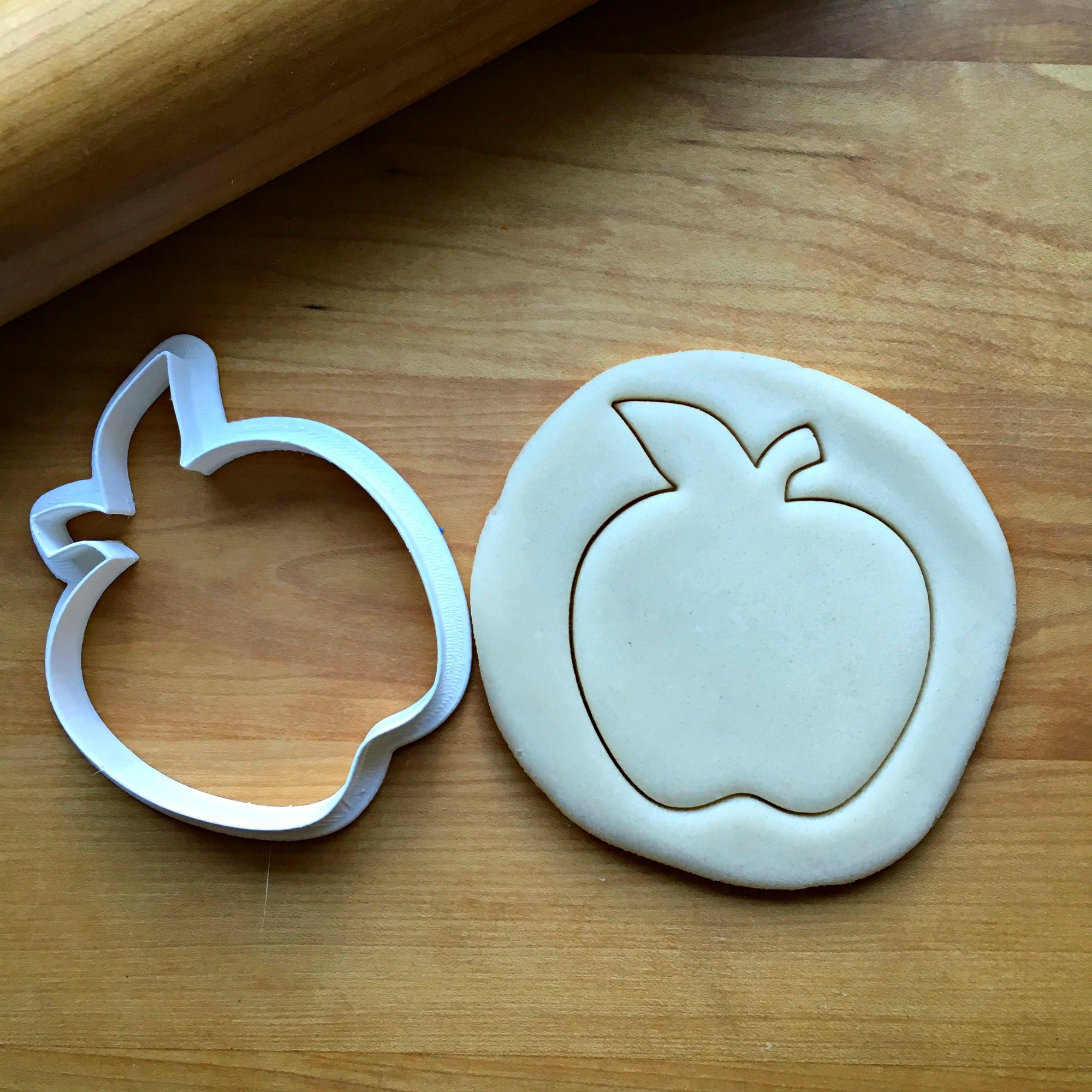 Apple Cookie Cutter/Dishwasher Safe - Sweet Prints Inc.