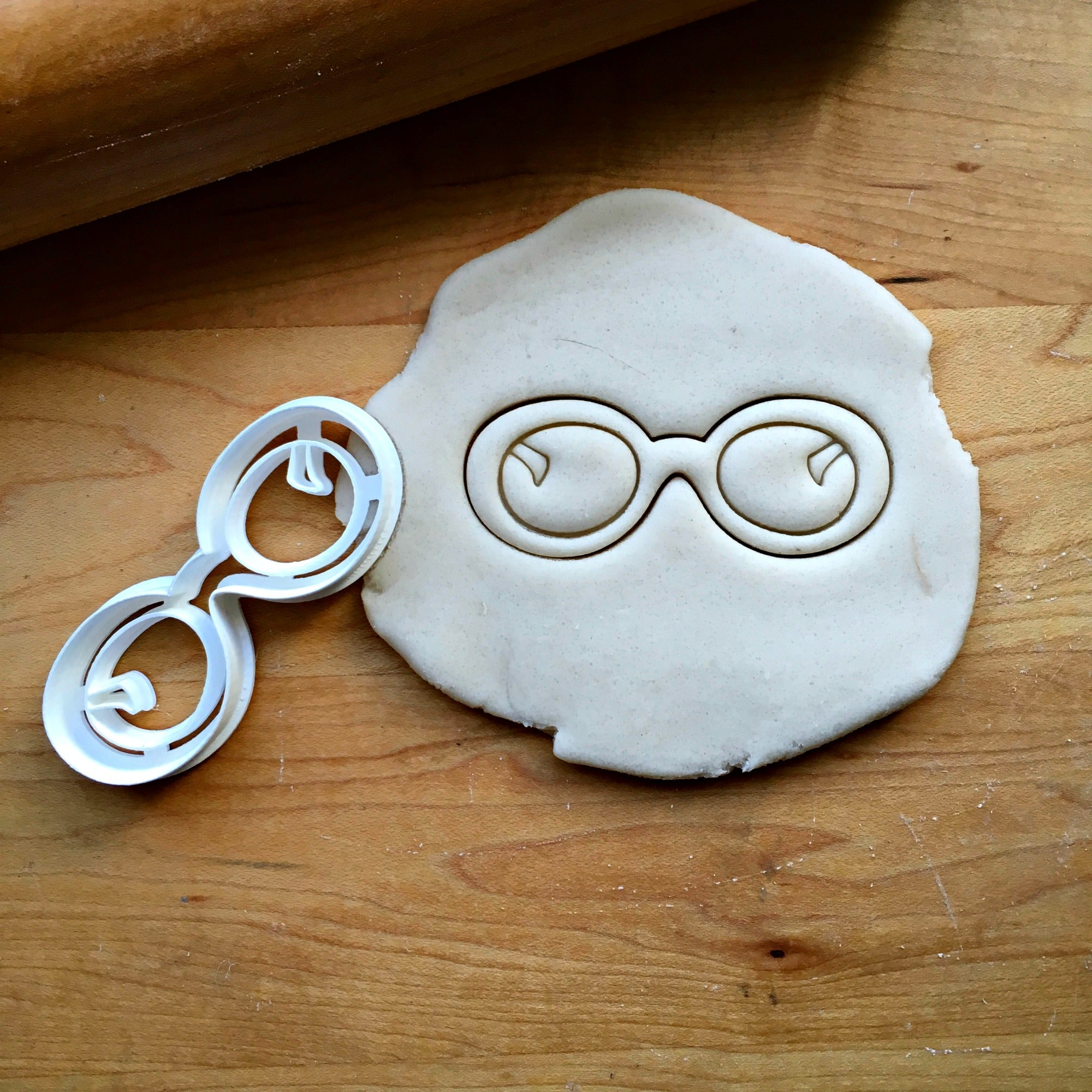 Rounded Glasses Cookie Cutter/Dishwasher Safe