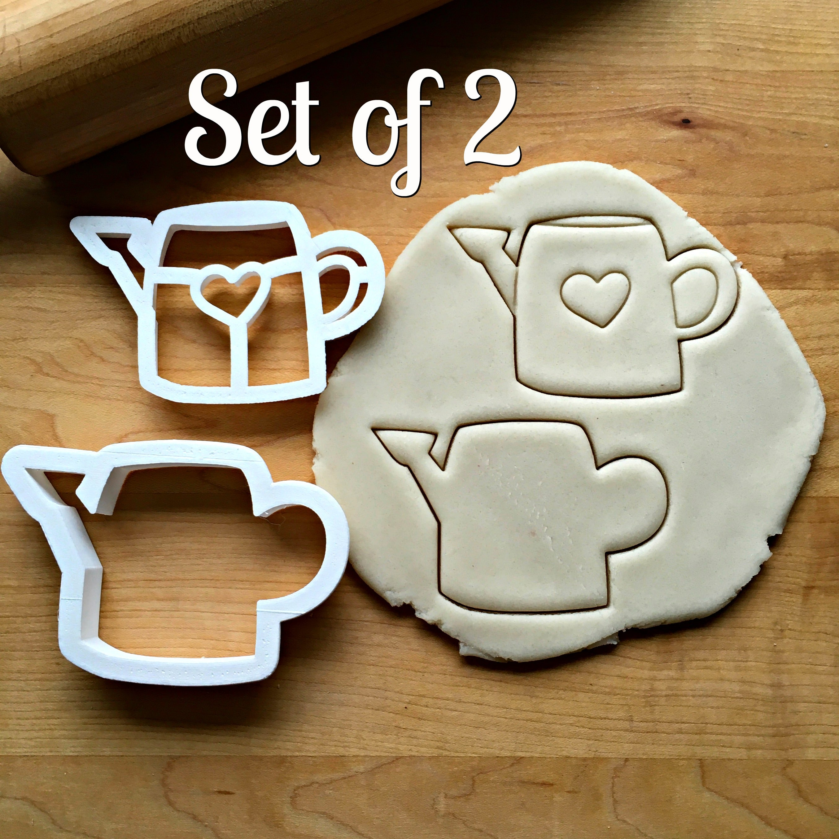 Set of 2 Watering Can Cookie Cutters/Dishwasher Safe
