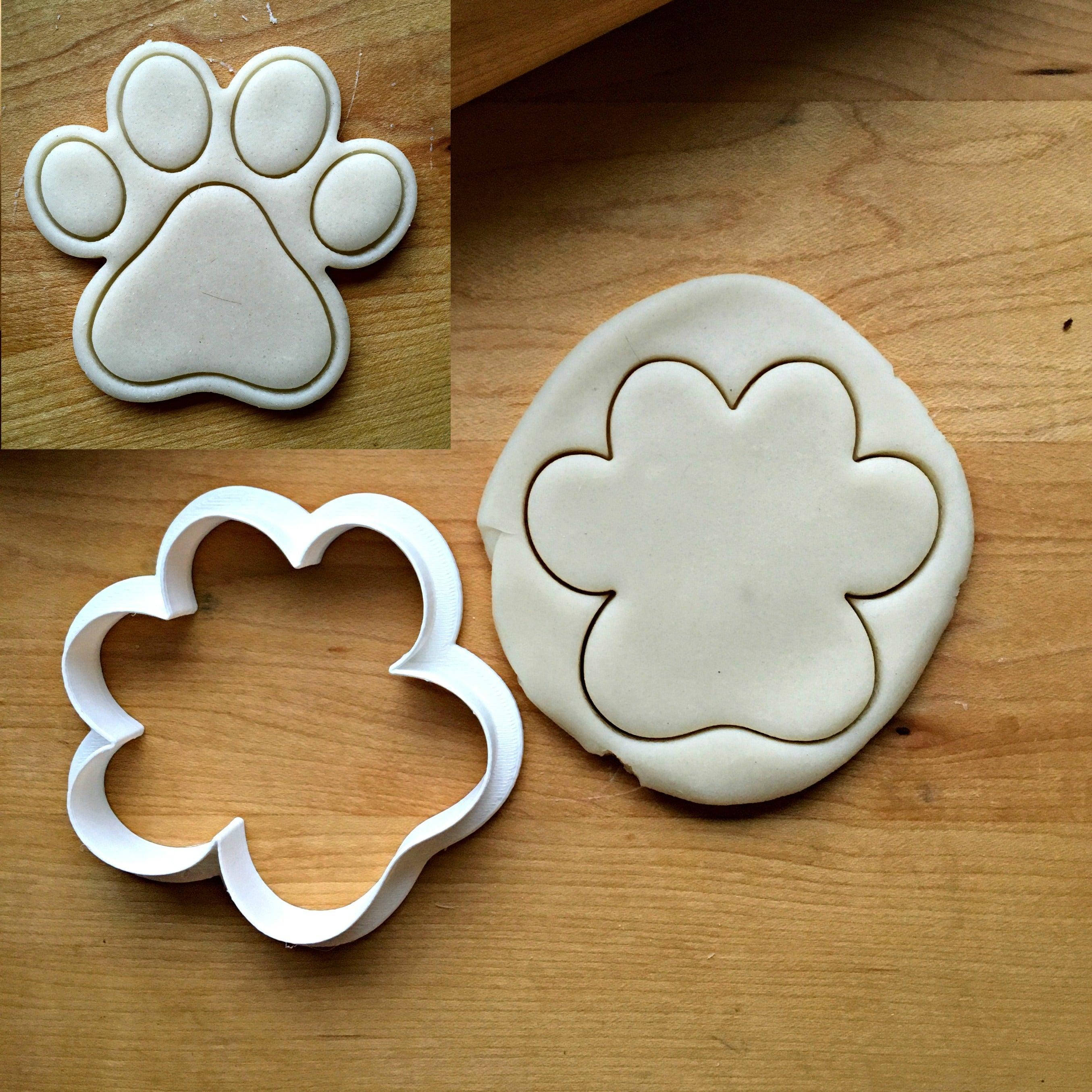Paw Print Cookie Cutter/Dishwasher Safe