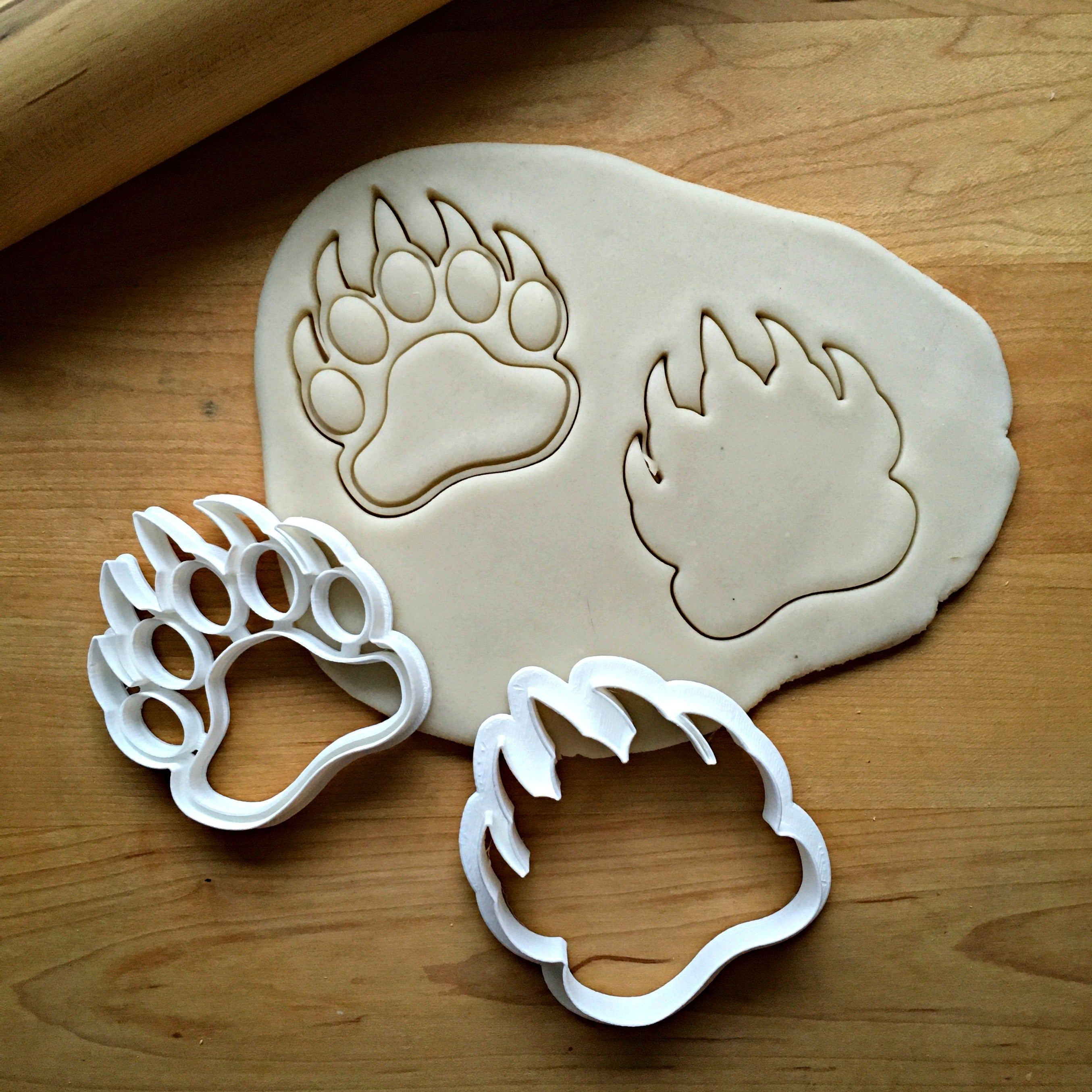 Set of 2 Bear Claw Cookie Cutters/Dishwasher Safe