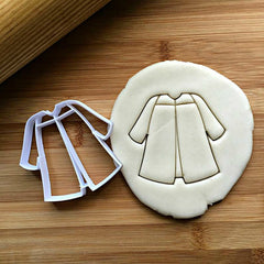 Graduation Gown Cookie Cutter/Dishwasher Safe