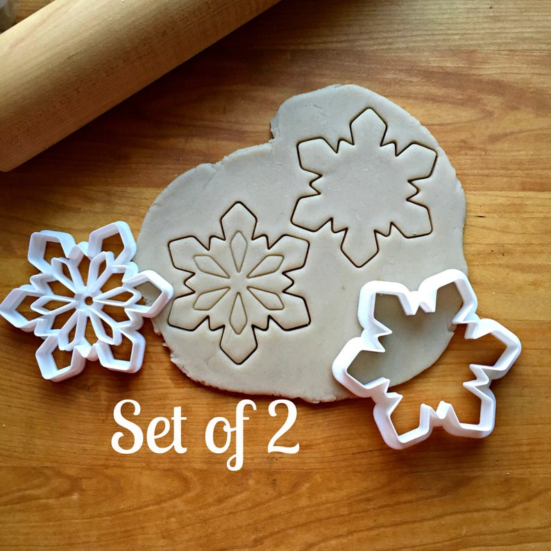 Set of 2 Snowflake Cookie Cutters/Dishwasher Safe