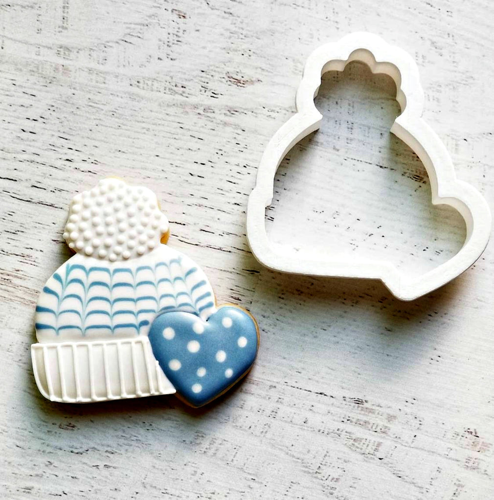 Winter Hat with Heart Cookie Cutter/Dishwasher Safe