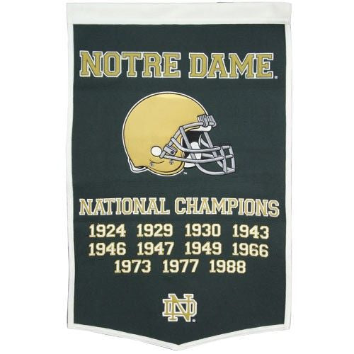 NOTRE DAME FIGHTING IRISH GREEN DYNASTY BANNER