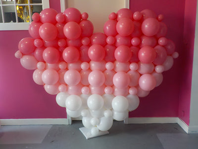 Ombre Link Heart Balloon Column