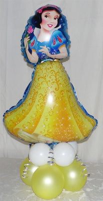 Snow White Balloon Centerpiece