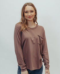 Long Sleeve Shirttail Pocket Tee: Marron