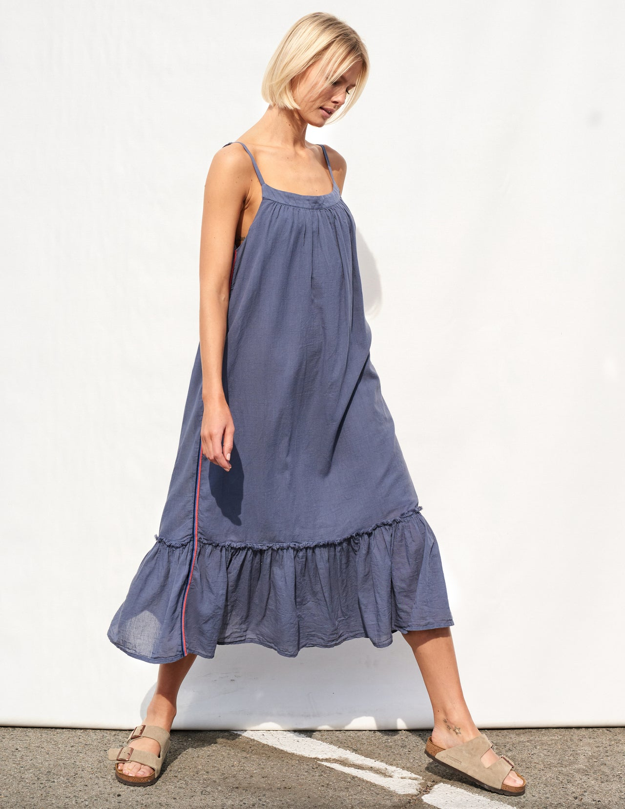 46a59f0856 Sundry Midi Ruffle Dress