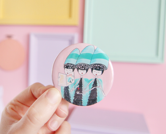 Beauty Parlor pocket mirror