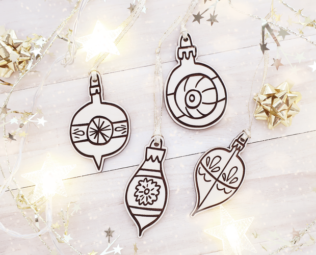 Retro Christmas ornament set