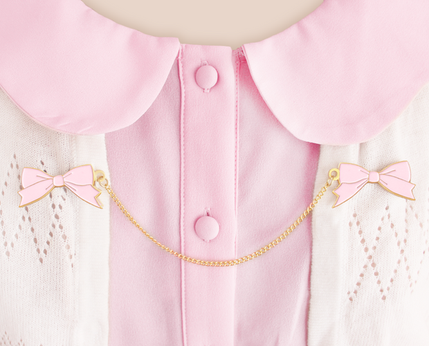 Pink bow collar clips