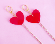 Red hearts face mask chain