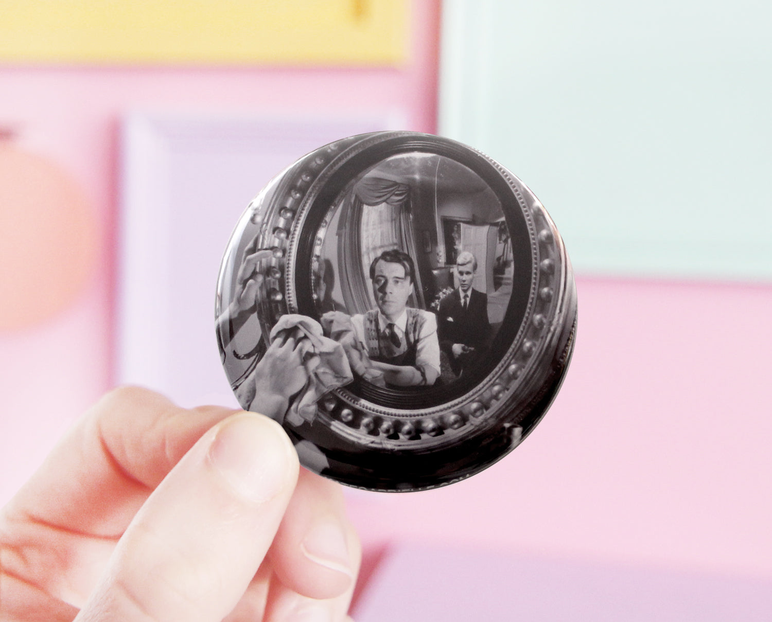 The Servant pocket mirror