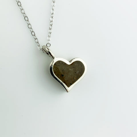 HEART SAND JEWEL NECKLACE