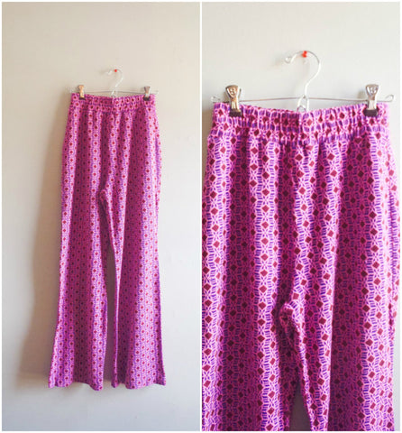 Hippie pink diamond pattern knit bell bottom pants