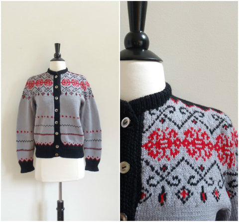 Snowflake pattern grey handknit cardigan sweater