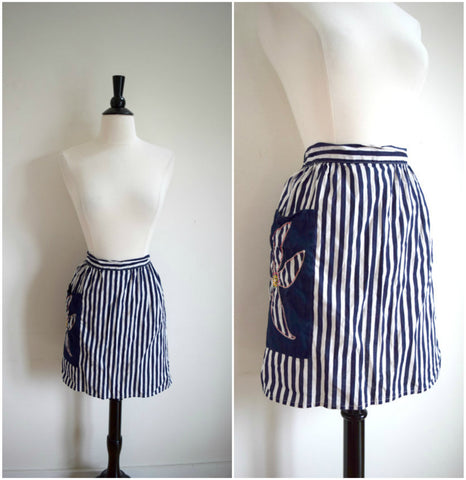 Vintage blue and white striped apron with floral pocket / small kitchen apron with embroidered flower / cotton