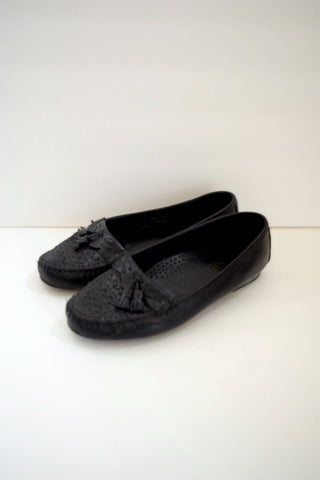 Black leather tassel moccasin loafers