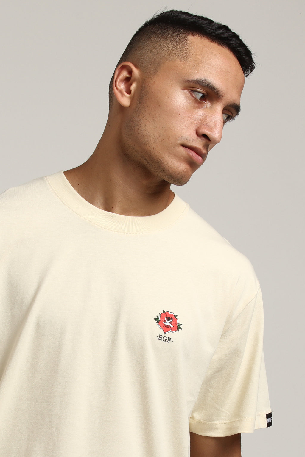 FULL BLOOM SS TEE - Cream