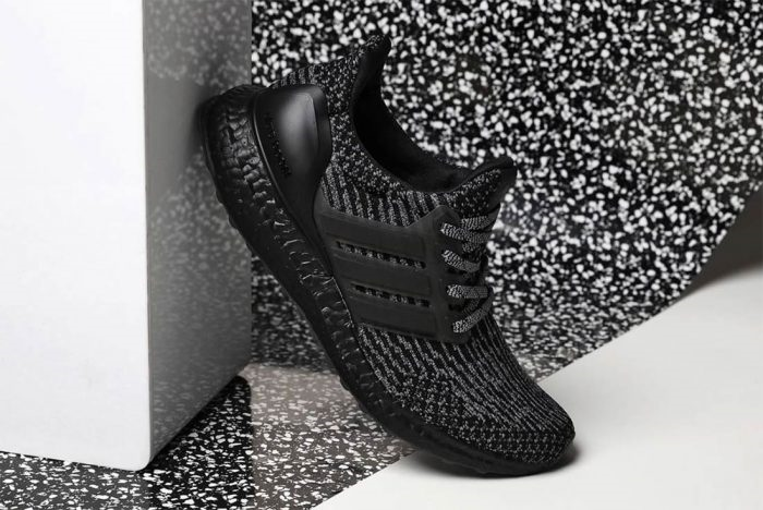 Ultra Boost: Triple Black 3.0
