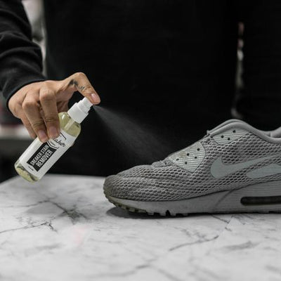SNEAKER STAIN REMOVER - LaceSpace