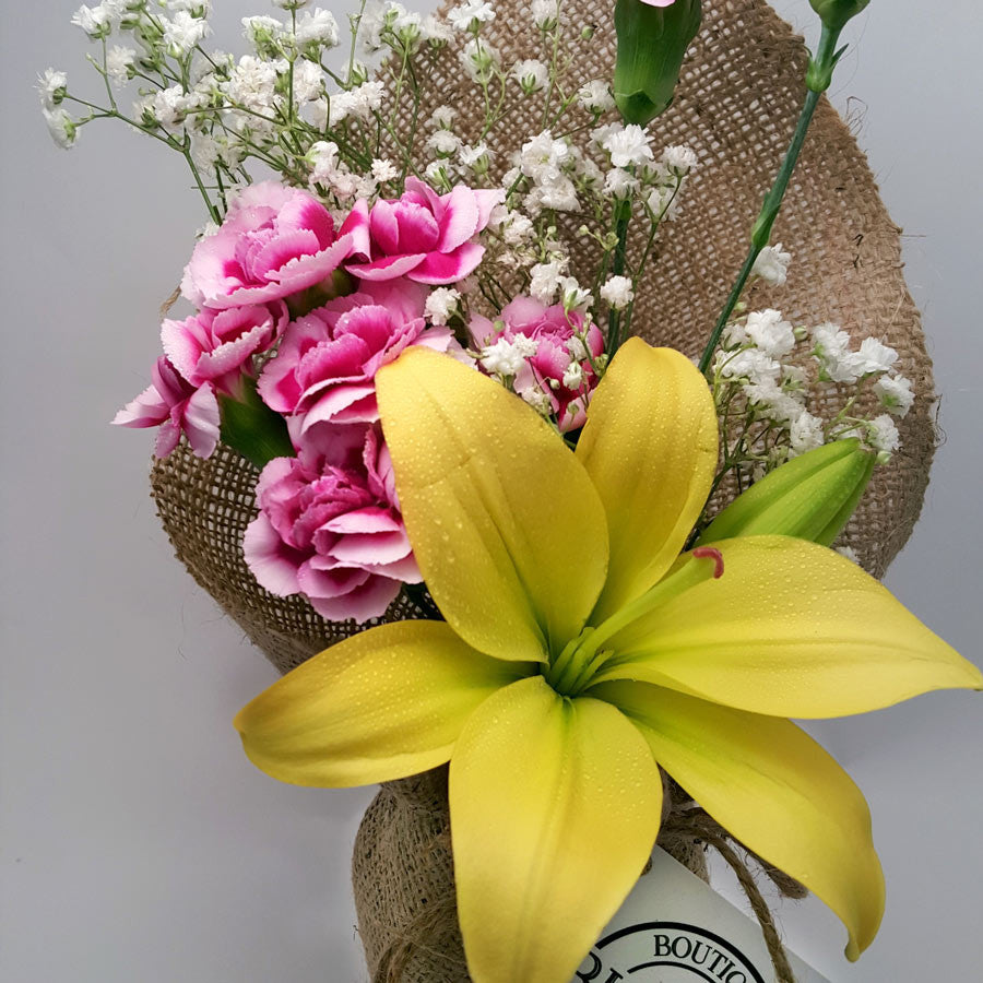 Gold coast flower delivery boutique blooms co boutique blooms co gold coast florist wedding bouquets cheap flower delivery izmirmasajfo