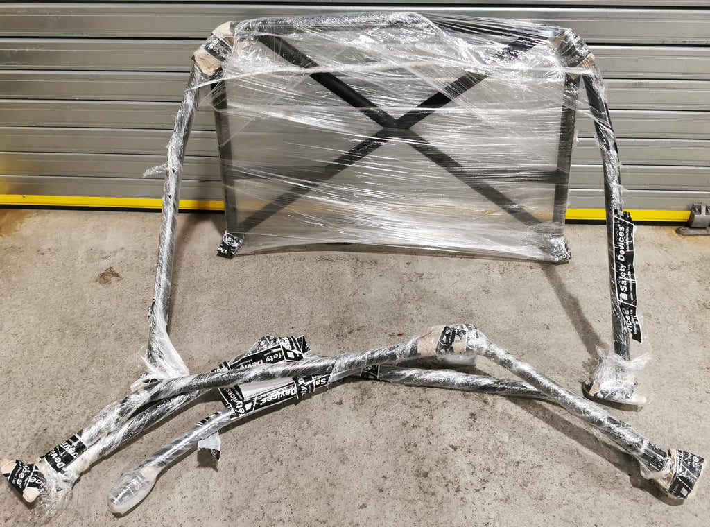 ALFA ROMEO 101 Guilietta Sprint (1954-1965) 6 Point Bolt-In Roll Cage – A008