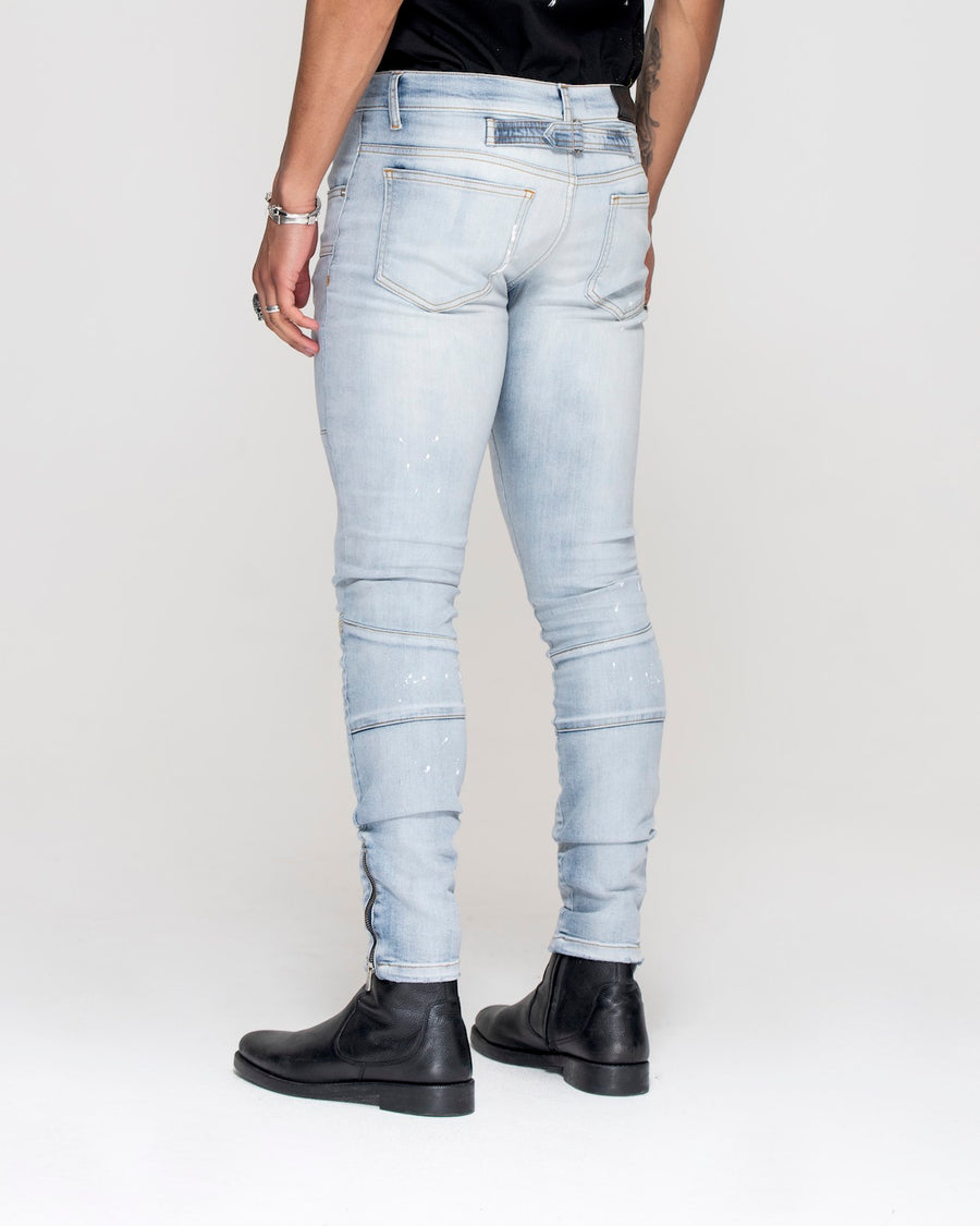 Essential Jeans Light Blue