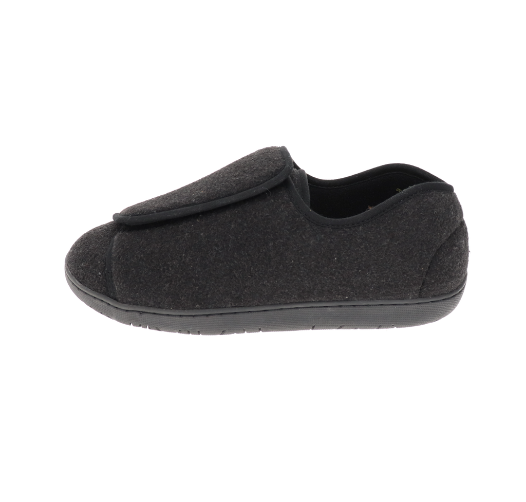 Nurse 2 Black Wool Slipper