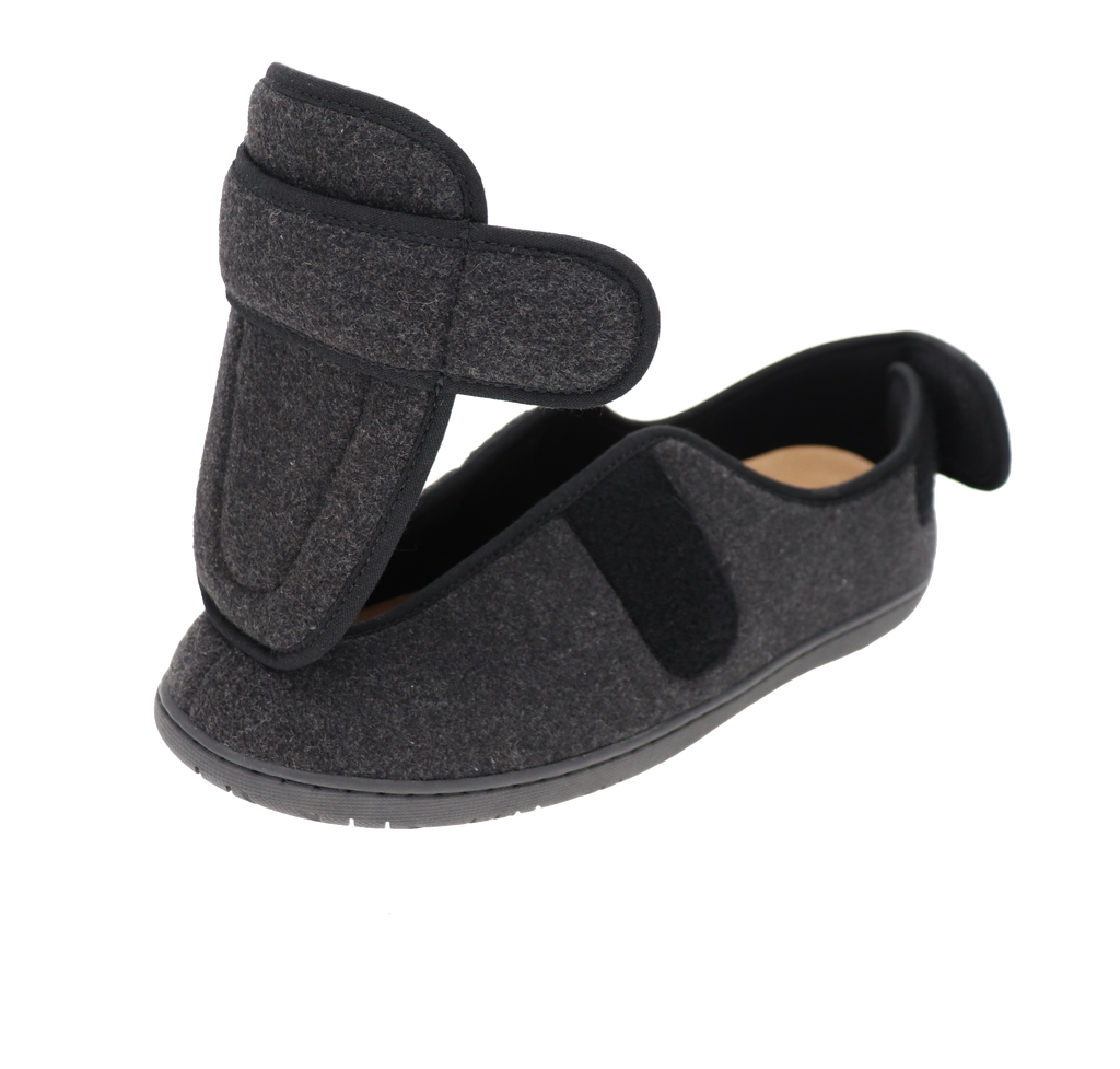 Physician M2 Black Slipper