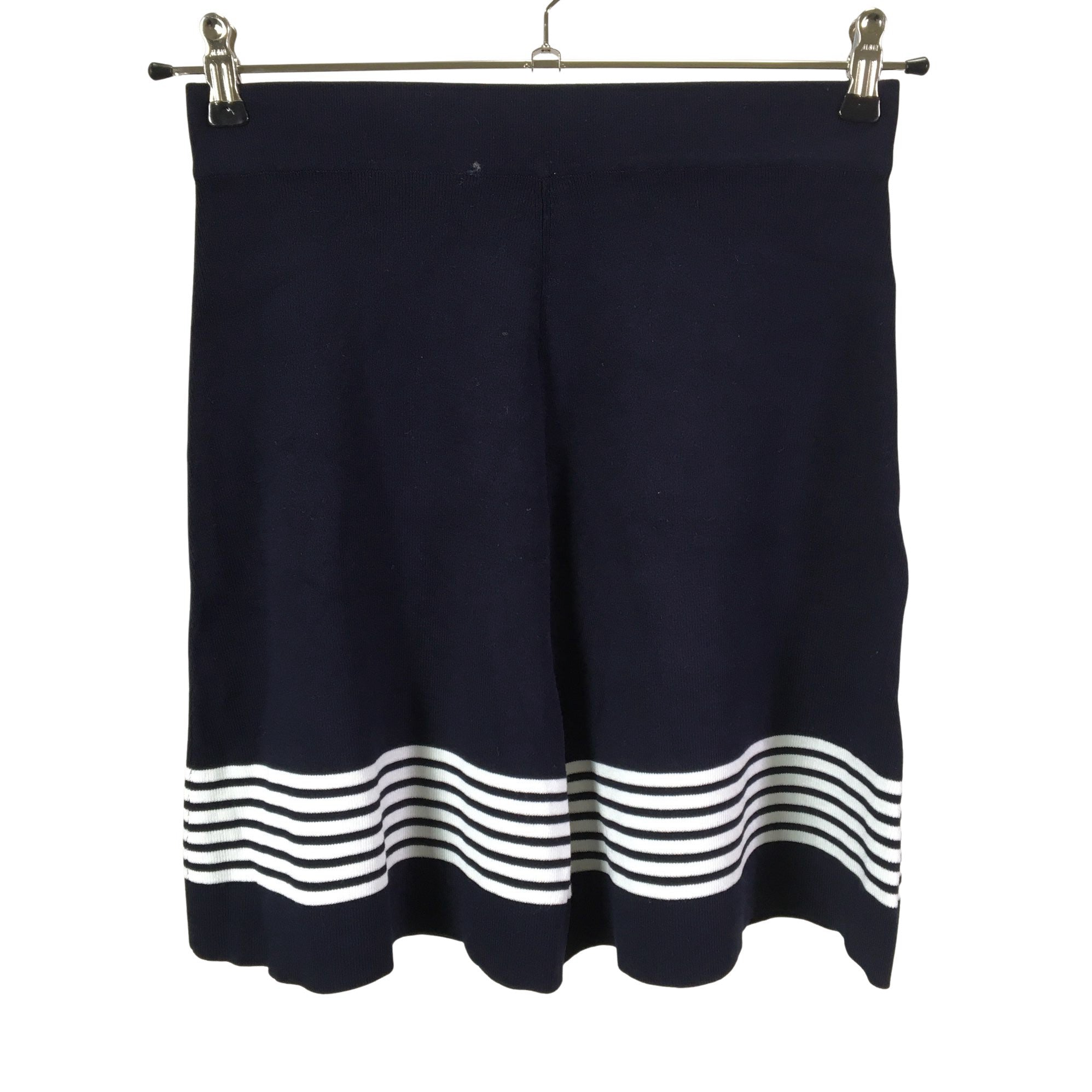 Knit skirt, size 34 © Emmy Clothing Company Oy